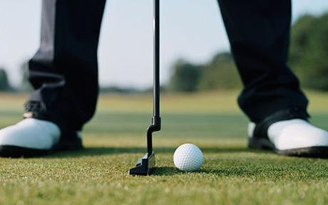 golfer_putting_1249187c
